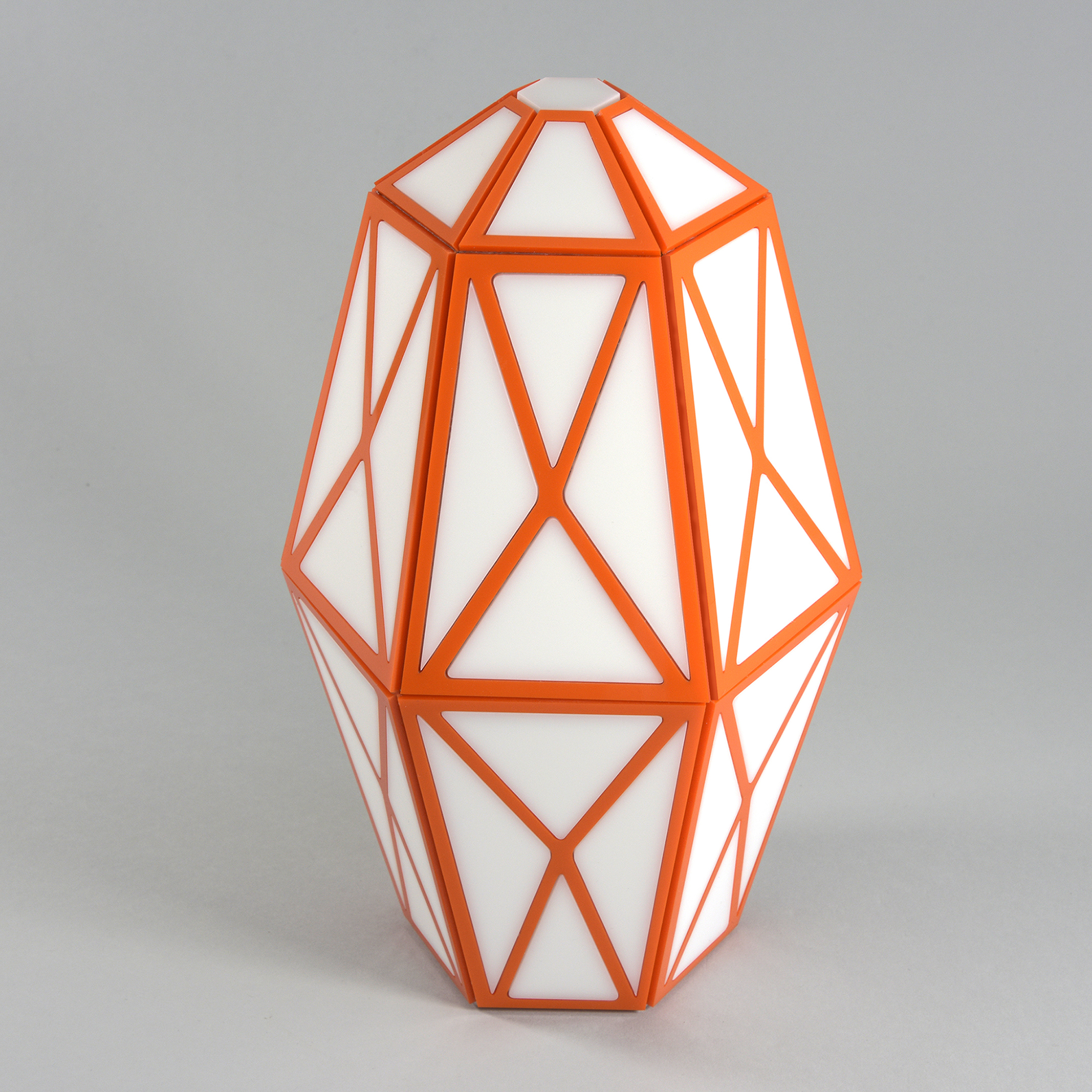 Vase (2017) by Stephen Hendee, sculpture